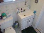 Niełatwe poszukiwanie odpowiednich mebli do łazienki